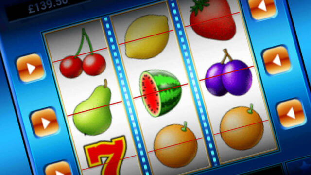 Fruit Machine mobile slots by mFortune Casino reels